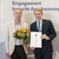Joachim Globisch erhält die Ehrennadel des Landes Schleswig-Holstein